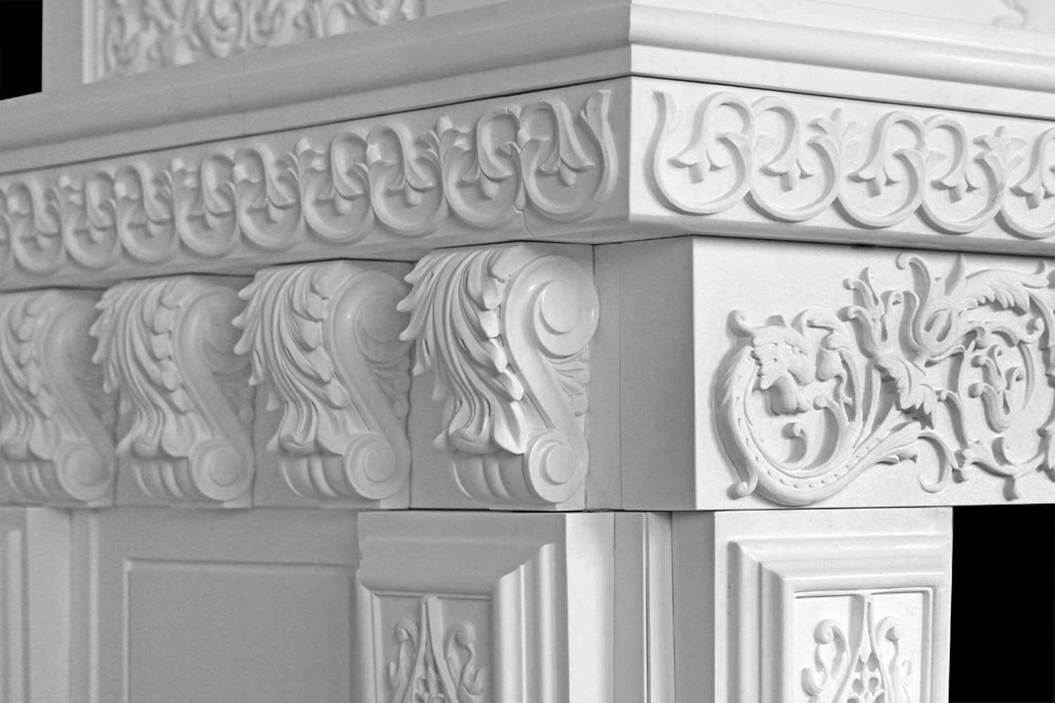 camino in marmo bianco - fregi