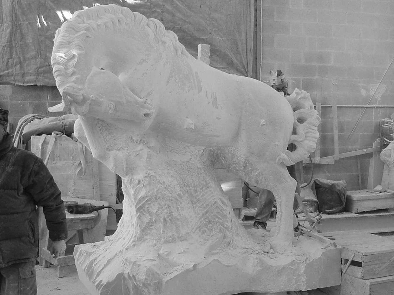 statua cavalli in marmo - scultura - 7